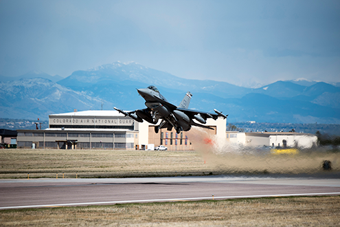 PICT - F-16 Taking Off - Colorado Air National Guard