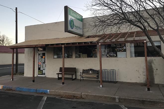 PICT - Kiowa Healthmart Awning - Chris Sorensen