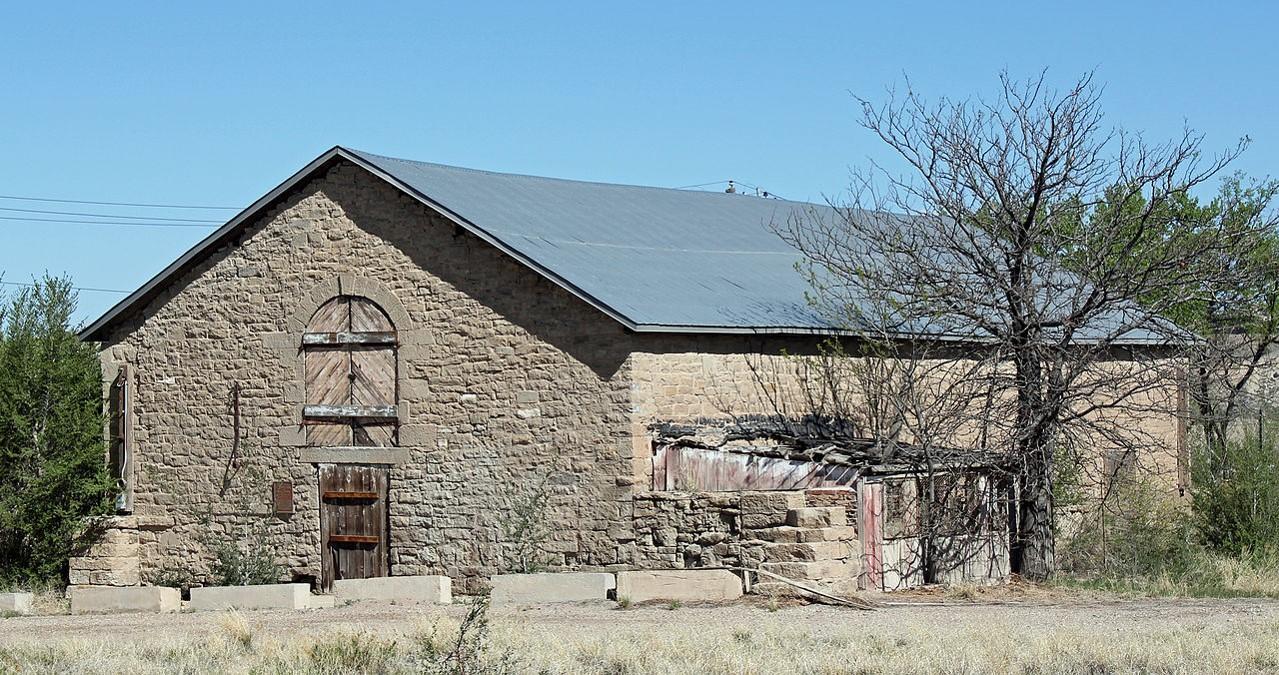 PICT - Goodnight Barn near Pueblo - Santa Fe Trail Association