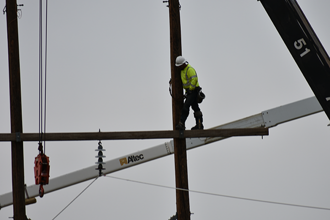 2018-07-28 PICT Power Line Repair Lineman Crossbar - Chris Sorensen