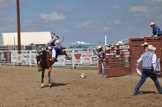 PICT 2018 Rodeo - Saddle Bronc - Roland Sorensen