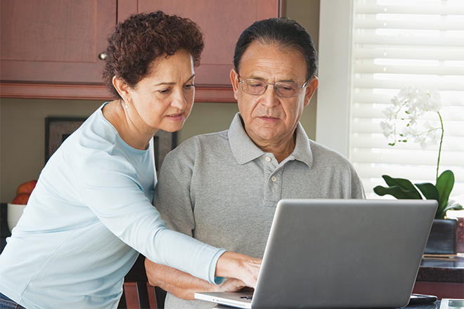 PICT Senior Computer Medicare Open Enrollment - Family Features - Getty Images