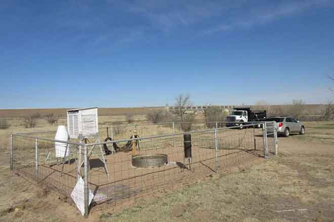 PICT Weather Station at John Martin Dam in Bent County - NWS - Randy Gray
