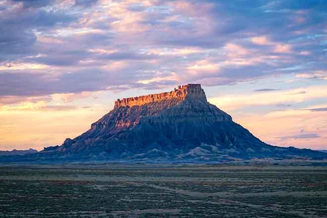 PICT EARTHTALK 64J1 Factory Butte Utah - Flickr CC - David Kingham