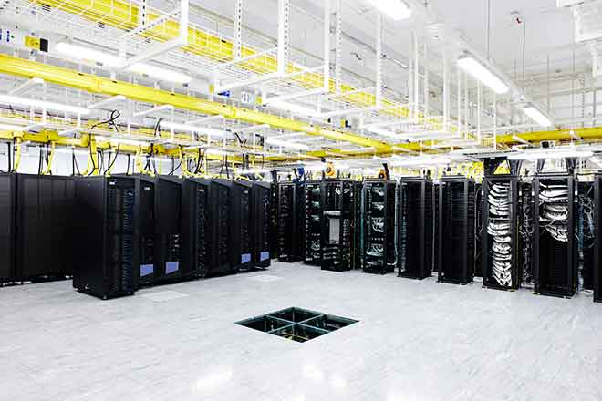 PICT EarthTalk - Data Center - CommScope