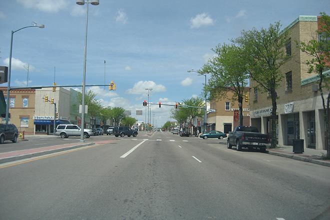 PICT Main Street Lamar - wikimedia