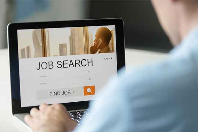 Miscellaneous - Job Search Unemployment Computer - iStock - fizkes