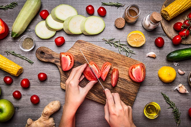 PROMO 660 x 440 Cooking - Cutting Vegetables - iStock