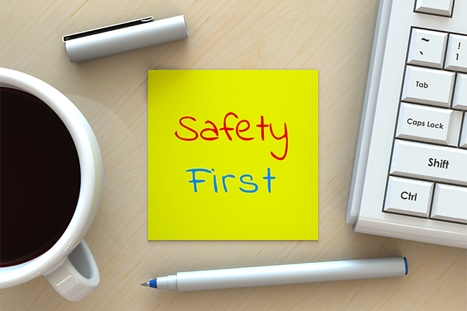 PROMO 660 x 440 Miscellaneous - Safety First Computer Pen Notepad - iStock - krung99