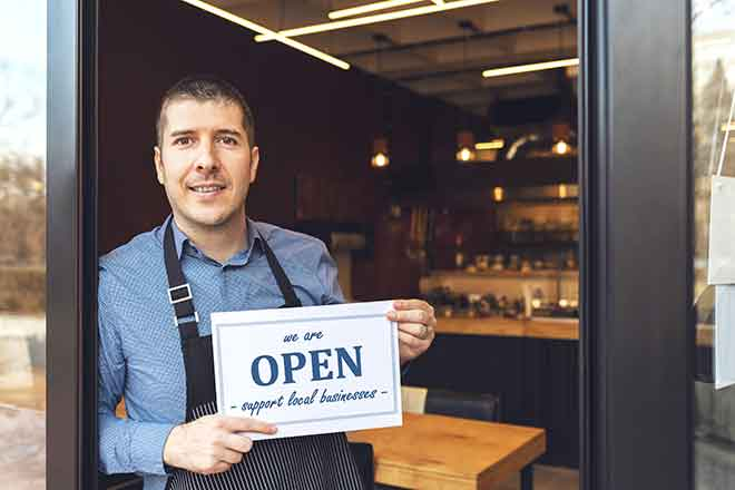 PROMO Business - Sign Open Man Store - iStock - Dan Rentea