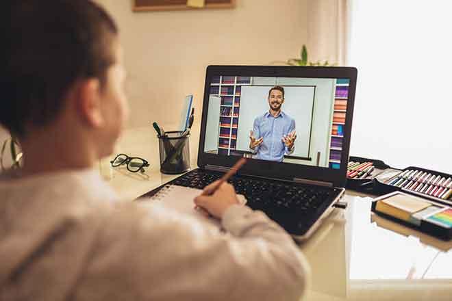 PROMO Education - School Child Teacher Remote Distance Learning - iStock - Jovanmandic