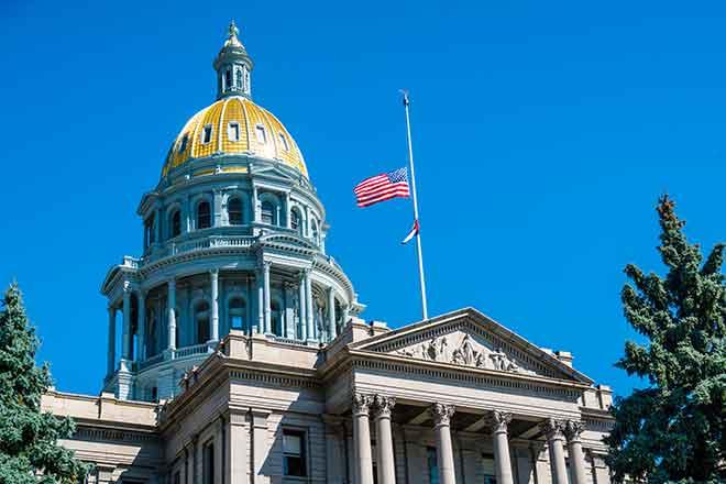 PROMO Flag - Half Staff Mast Colorado Capitol US United States - iStock - RoschetzkyIstockPhoto