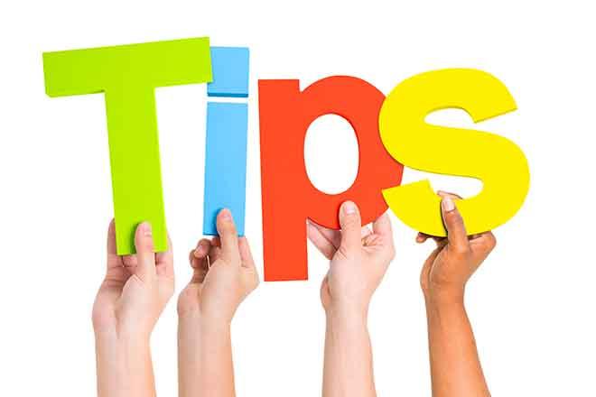 PROMO Miscellaneous - Words Hands Helpful Tips - iStock - Rawpixel