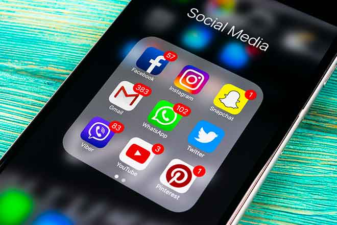 PROMO Technology - Phone Icons Social Media Apps - iStock - bigtunaonline