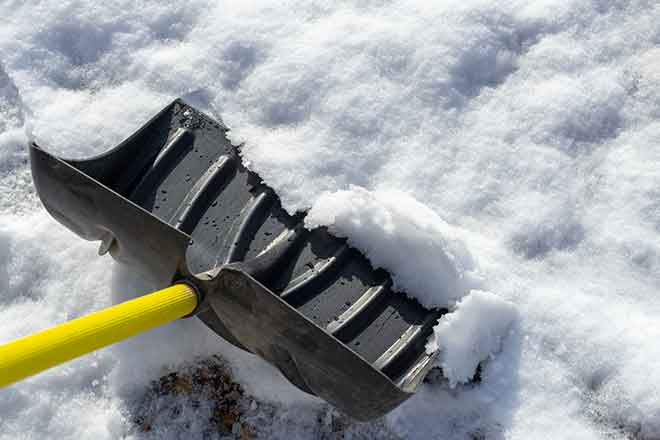 PROMO Weather - Snow Shovel Ice Cold Winter - iStock - sanfel