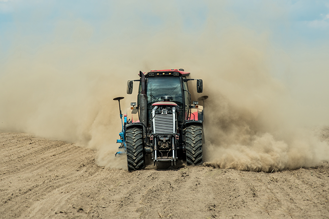 PROMO 660 x 440 Agriculture - Tractor Plow Dust Field Drought - iStock - Dmytro Shestakov