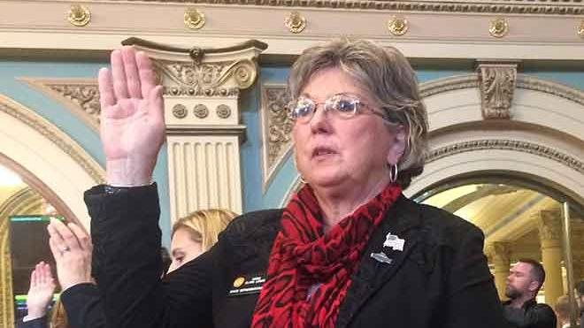 Colorado State Representative Kimmi Lewis dies following battle with cancer