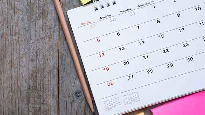 PROMO 660 x 440 Miscellaneous - Calendar Pencil Note Pad Wood - iStock