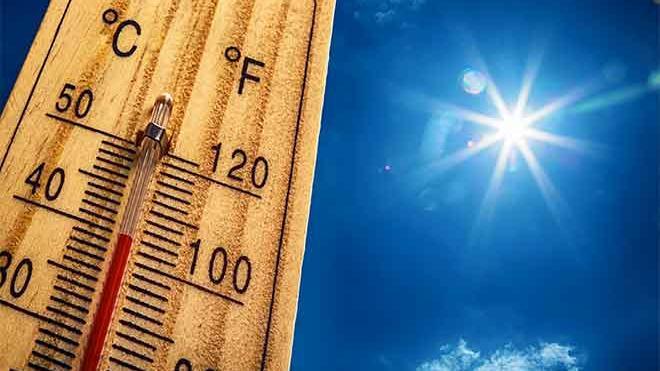 PROMO Weather - Temperature Thermometer Hot Heat Sun Sky Celsius Centigrade Fahrenheit - iStock - MarianVejcik
