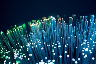 Pros and Cons of Using Fiber-Optic Cables