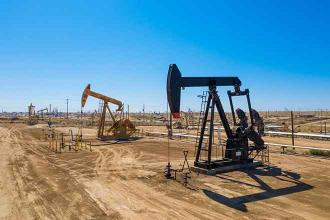 Oil production on federal lands reaches record high