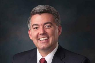 Gardner visits eastern Colorado ag producers on annual farm tour