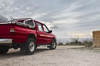 Best Pickup Trucks to Tow an RV