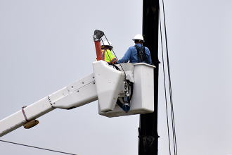Texas governor calls on Legislature to mandate winterization of power system