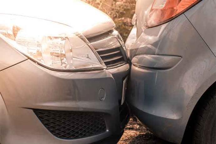 PROMO 660 x 440 Law - Car Crash Bumper - iStock