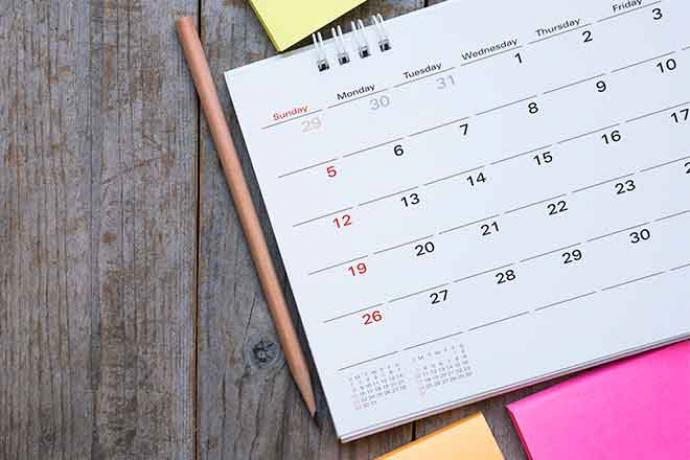 PROMO 660 x 440 Miscellaneous - Calendar Pencil Note Pad Wood - iStock