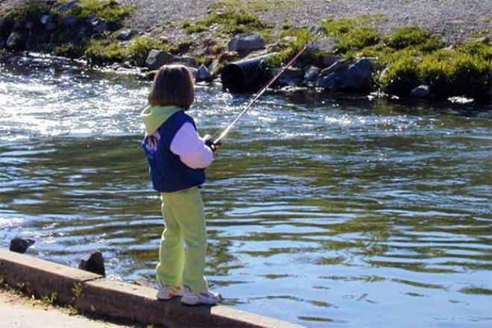 PROMO 660 x 440 Outdoors - Child Fishing Stream - Wikimedia