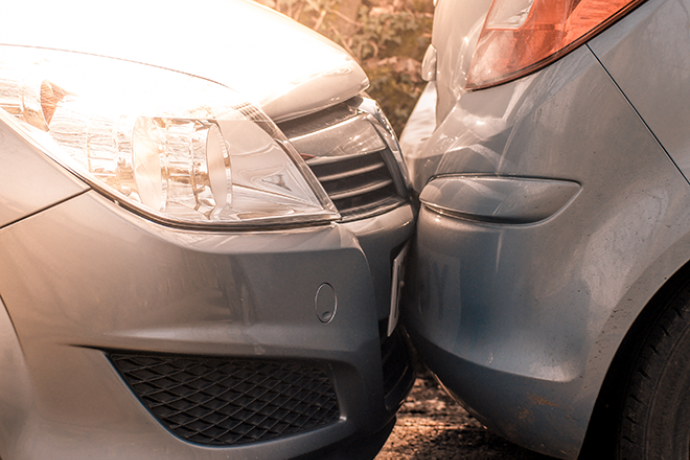 PROMO 660 x 440 Law - Car Crash Bumper - iStock