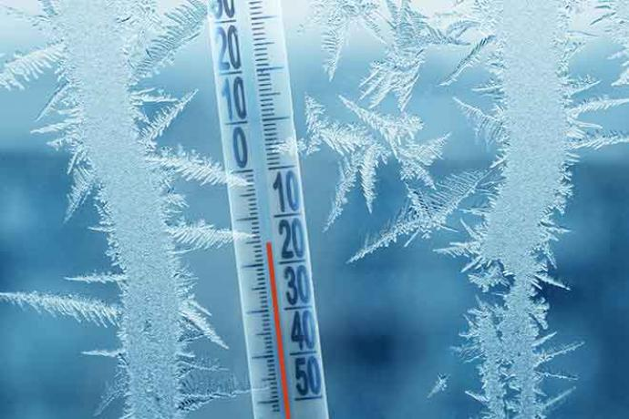 PROMO Weather - Thermometer Cold Snow Ice Temperature - iStock - Andrei310