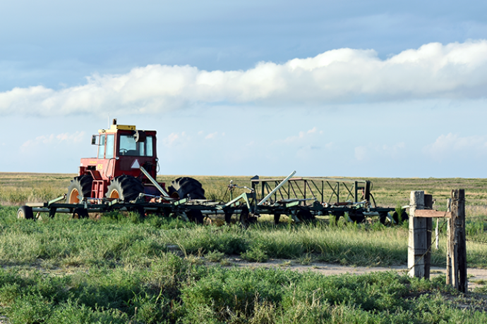 PROMO 660 x 440 Agriculture - Tractor Clouds Field - Chris Sorensen