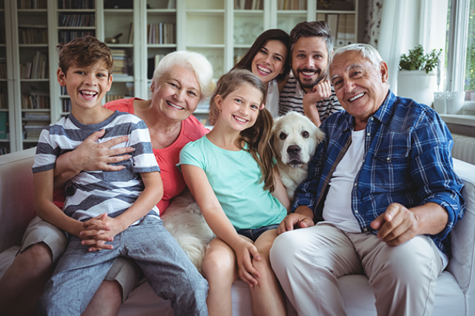 PROMO 660 x 440 People - Senior Living Family - iStock