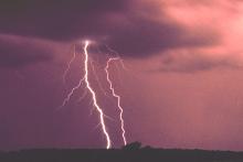 PROMO 660 x 440 Weather - Lightning - NOAA