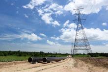 PROMO Energy - Pipeline Power Line Electricity Gas Oil - iStock - WorapongW