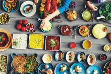 PROMO Food - Cooking Plates Ingredients Table Kitchen Restaurant - iStock - Rawpixel