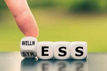 PROMO Health - Wellness Stress Blocks Words Mental Behavioral - iStock - Fokusiert